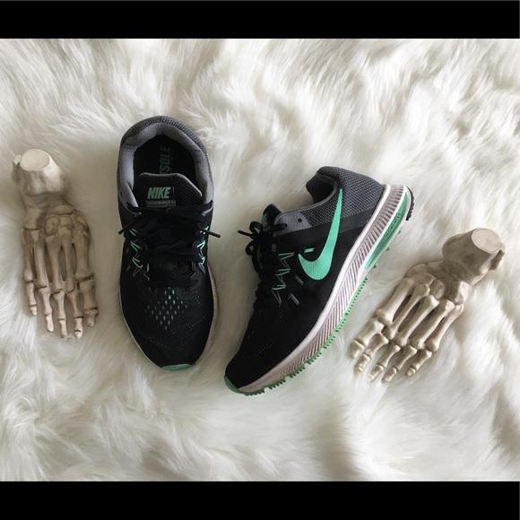 Nike Shoes | Nike Zoom Winflo 2 Sz 75